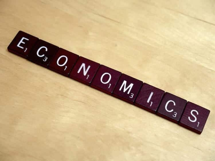Should economics just be for experts? No, says Ha-Joon Chang (photo credit: lendingmemo.com)