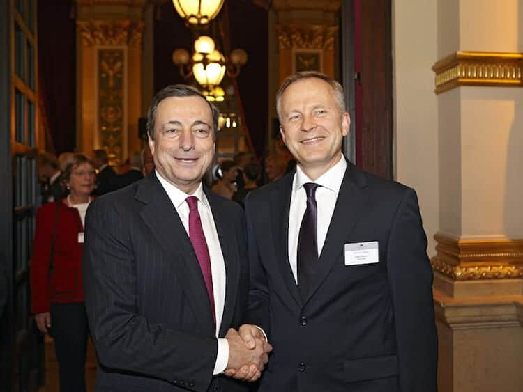 Mario Draghi (left) (photo: CC BY 2.0 ECB)
