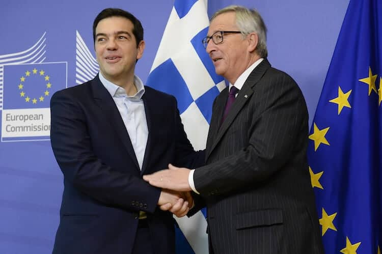 Can Alexis Tsipras - here with EU Commission President Juncker - convince his fellow heads of governments to change course at the upcoming leaders' summit? (photo: © European Union 2015)